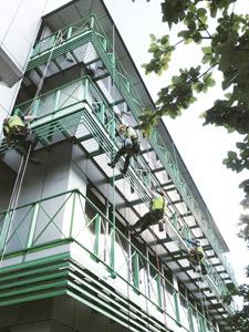Commercial building painting Hiline Abseilers